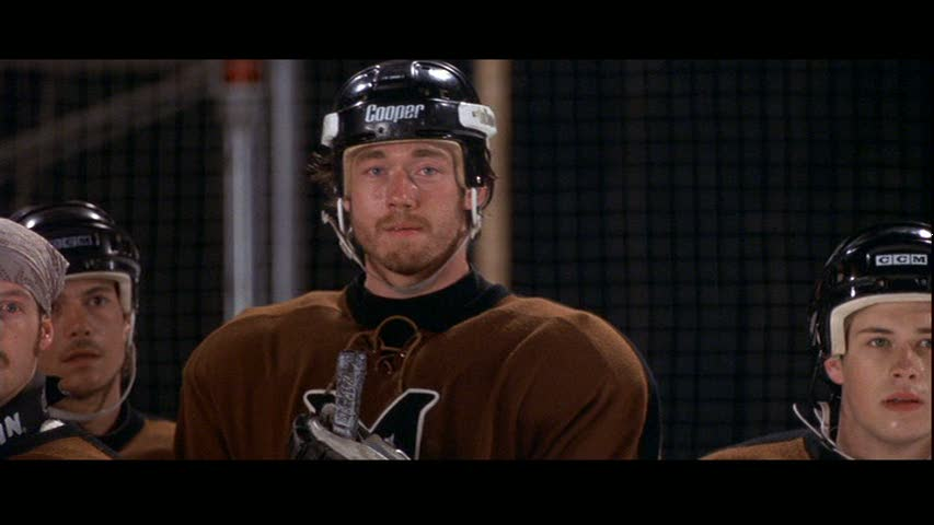 Kevin-in-Mystery-Alaska-kevin-durand-28478635-853-480